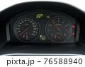 自動車のメーター 76588940