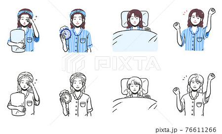 パジャマを着た女性のシンプルな上半身セット 76611266