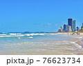 オーストラリアのゴールドコーストのサーファーズパラダイスビーチ 76623734