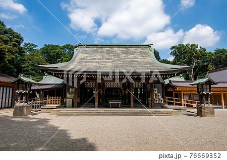 大宮氷川神社拝殿 76669352