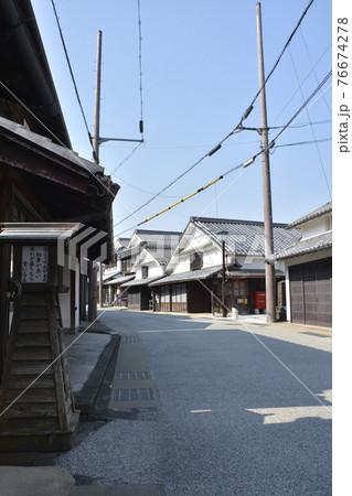 【兵庫県篠山市】河原町妻入商家群の町並み 76674278