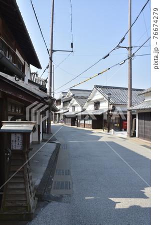 【兵庫県篠山市】河原町妻入商家群の町並み 76674279