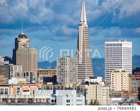 サンフランシスコ・アラモスクエア 76684481