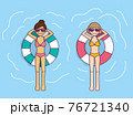 夏のプール 76721340