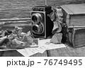 レトロなカメラと古書 76749495