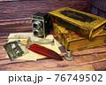 レトロなカメラと古書 76749502