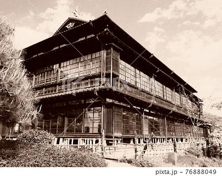臨江閣(別館) 76888049