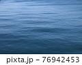 青い一面の海 海のみ 76942453