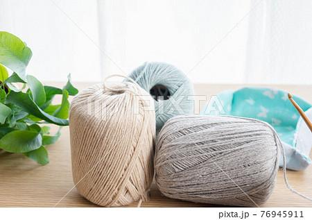 編み物 毛糸玉 76945911