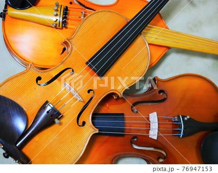 弦楽器 76947153
