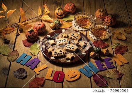 ハロウィン、ハロウィーン、クッキー、かぼちゃ、かぼちゃの小物、紅茶、イベント、かぼちゃの置物、南瓜、 76969565