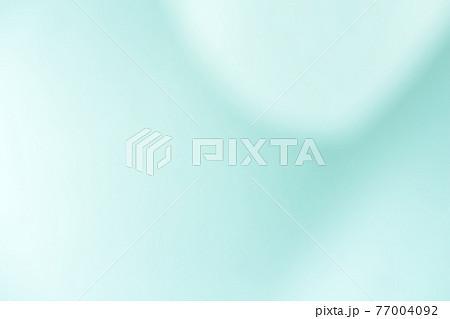 グレイッシュトーンの流れるような抽象的背景用の写真素材(緑・グリーンのニュアンスカラー) 77004092