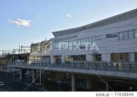 【群馬県】高崎市街地の駅前風景 77038846