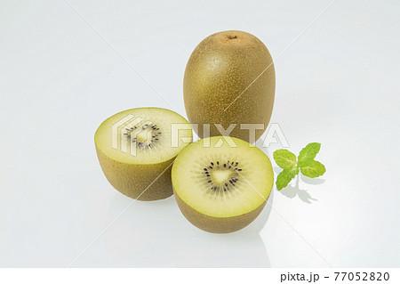 キウイフルーツ 77052820