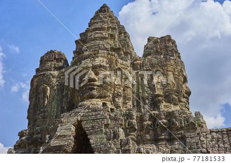 カンボジア 遺跡 バイヨン 世界遺産 77181533