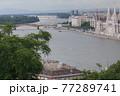 ハンガリー ブダペストのドナウ川 77289741
