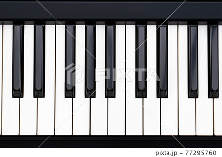 ピアノ 鍵盤 77295760