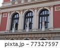 オーストリア ウィーン 楽友協会のファサード 77327597