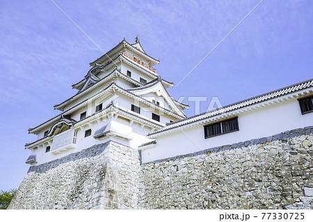 佐賀県唐津市の美しい唐津城 77330725
