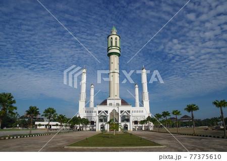 インドネシア ポンティアナックのモスク 77375610