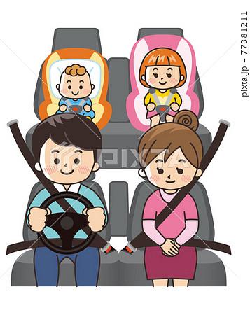 家族でドライブ 自動車の車内 77381211