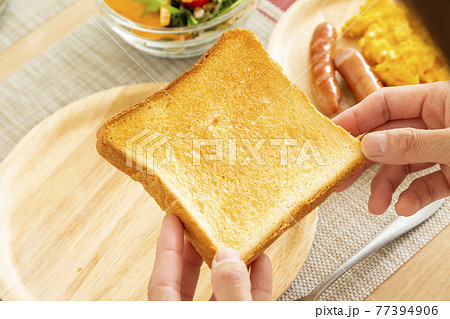 トースト 77394906
