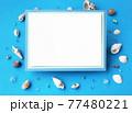 貝殻を背景にしたメッセージカード 77480221