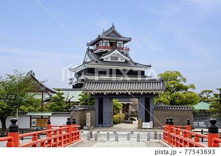 清州城天守閣と大手橋 77543693