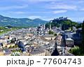 オーストリア、ザルツブルグの旧市街地 77604743