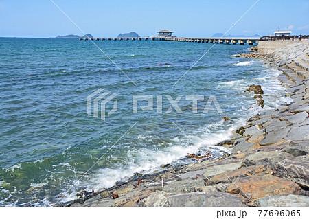北九州市若松区の脇田海岸と海釣り桟橋 77696065