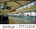 アメリカ デトロイト 空港 77711918