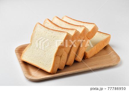 食パン 77786950