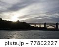 夕日のゴールデンゲートブリッジ 77802227