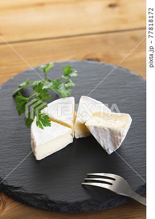 チーズの女王 カマンベール 77818172