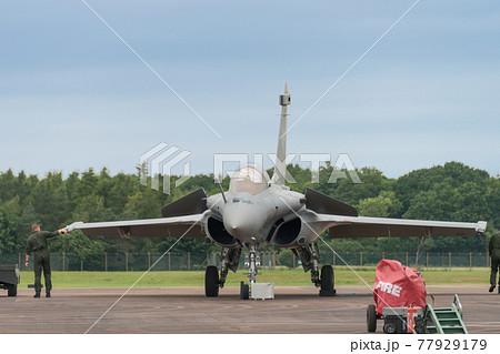フランス空軍ラファールC戦闘機飛行前点検 77929179