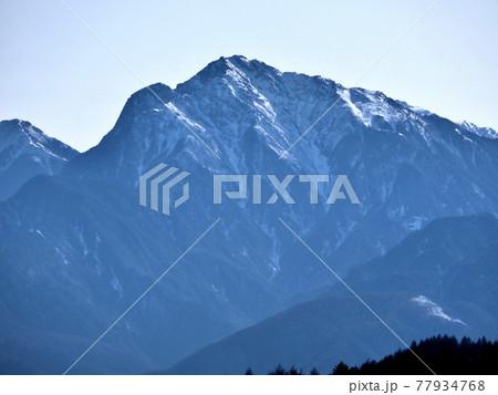 八ヶ岳 美し森展望台より甲斐駒ヶ岳(2,967m) 77934768