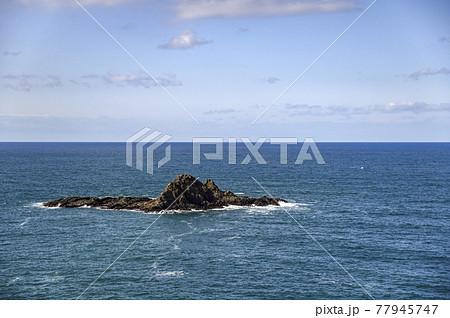 小樽 祝津のトド岩(秋) 77945747