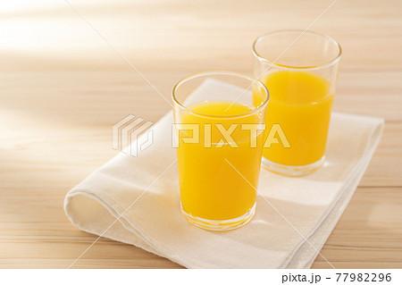 オレンジジュース 77982296