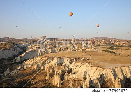 熱気球(カッパドキア、トルコ) 77995872