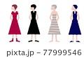 横顔を見せて正面向きに立っている女性4人 77999546