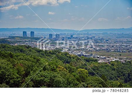 【都市風景】芥川城跡からの高槻市内の眺望 78048285