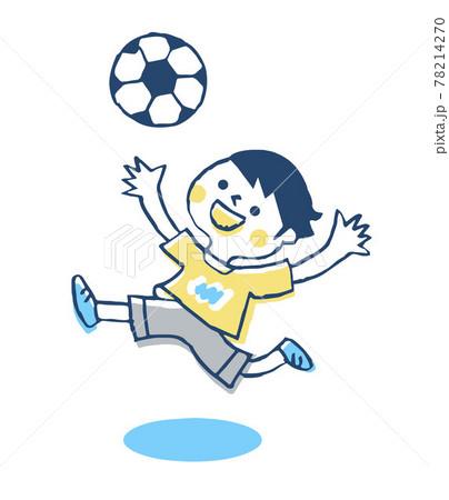 サッカーをする男の子 78214270