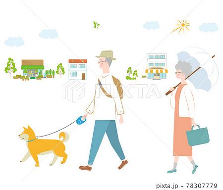 犬と散歩と年配の女性と男性 78307779