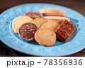 色々な焼き菓子 78356936