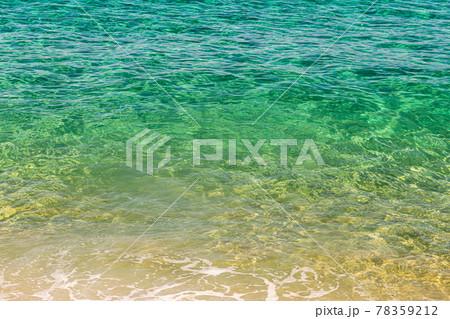 真夏の洋上アルプス屋久島の海。水が澄んできれい 78359212
