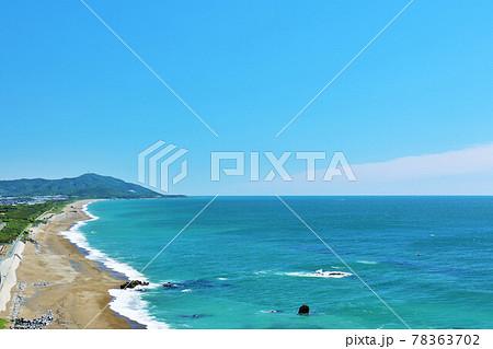 愛知県 青空と海の風景 78363702
