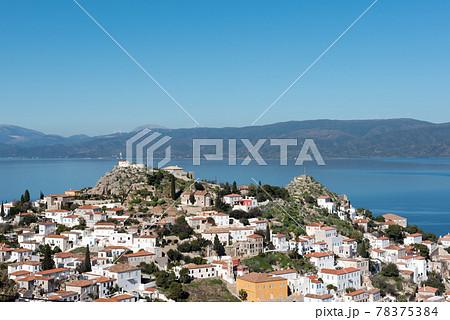 欧州ギリシャのアテネから出ているエーゲ海クルーズでいくイドラ島とエーゲ海 78375384