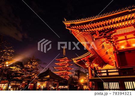(東京)浅草寺の歳の市・羽子板市 ライトアップ 78394321