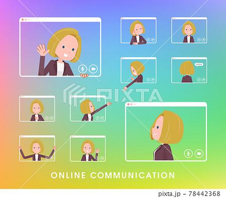オンラインでコミュニケーションをとっている金髪ビジネス女性のセット 78442368