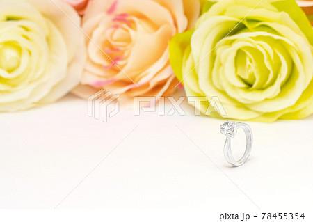 ダイヤモンド 指輪 婚約指輪 プロポーズ ブライダル 78455354